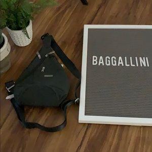 Women's Baggallini Bag